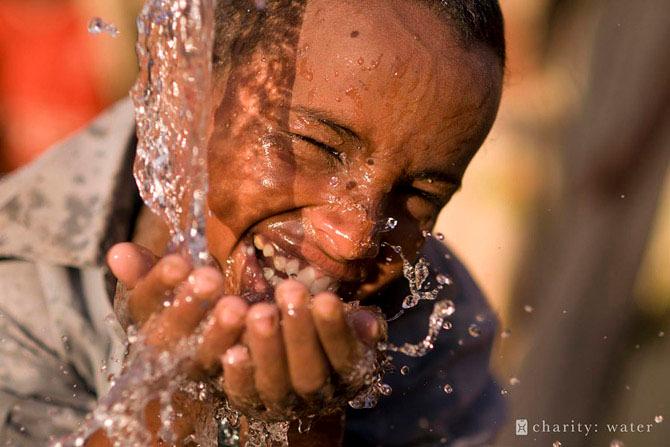 вода для всех Rachel Beckwith (670x447, 292Kb)