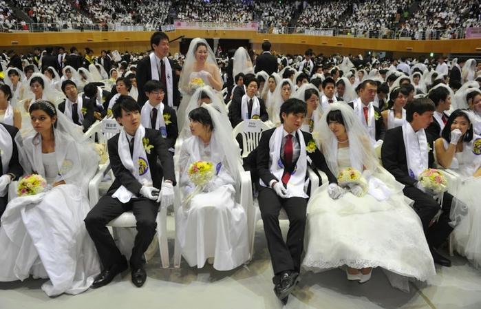 массовая свадьба фото 2 (700x449, 254Kb)