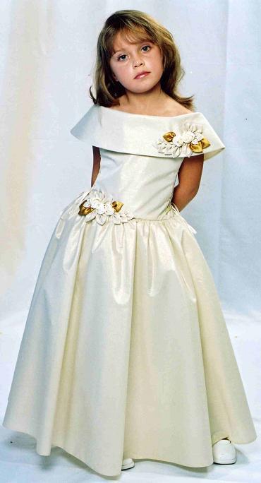 Нарядное платье для подростка своими руками