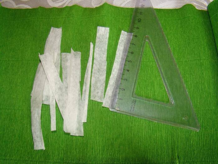 Фрезия из гофрированной бумаги. Фото мастер-класс (2) (700x525, 295Kb)
