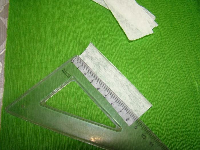 Фрезия из гофрированной бумаги. Фото мастер-класс (4) (700x525, 298Kb)