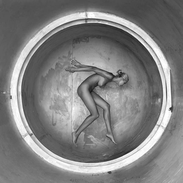 Красота и гибкость женского тела. Ню фотографии от Martin Iman. 9