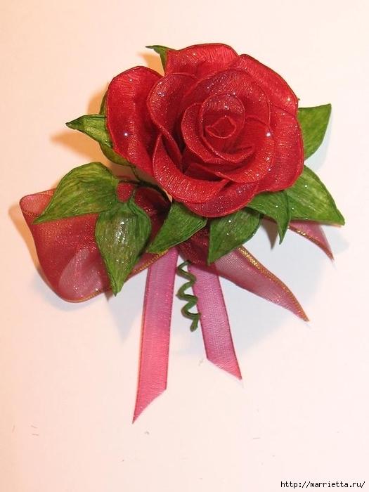 Очень красивые розы из гофрированной бумаги (26) (525x700, 183Kb)