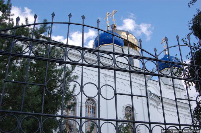 Духосошественский кафедральный собор