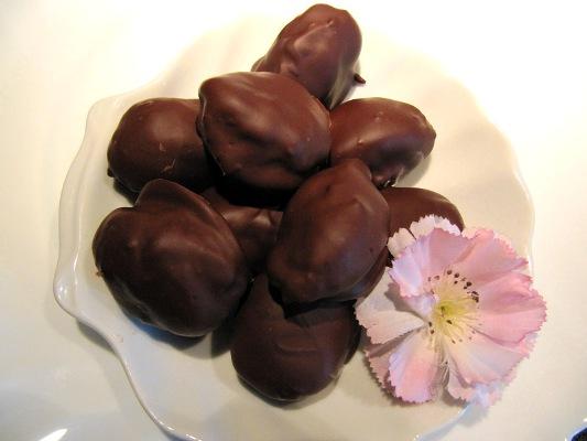 Чернослив в шоколаде своими руками