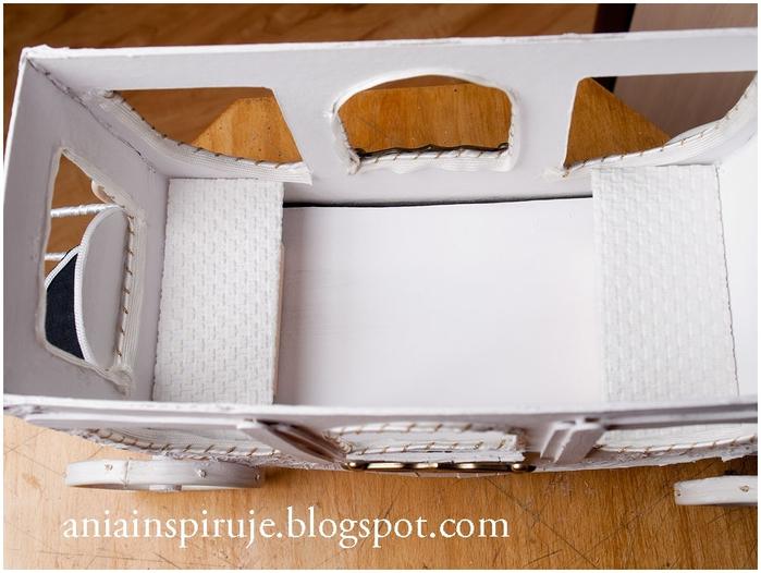 Сказочная карета из картона, проволоки и палочек от мороженого. Мастер-класс (49) (700x526, 230Kb)