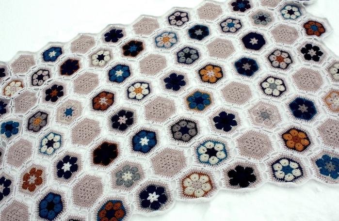 цветочный фрагмент крючком АФРИКАНСКИЙ ЦВЕТОК (44) (700x456, 652Kb)
