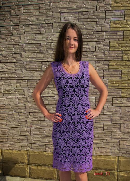 Крючок платье мотивами безотрывным вязанием