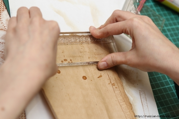 Как сделать винтажный свиток из бумаги (21) (700x466, 186Kb)
