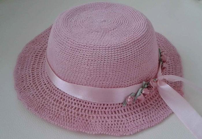 розовая шляпка крючком для девочки (1) (700x482, 226Kb)