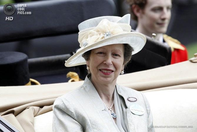 модные женские шляпки на Royal Ascot 15 (670x447, 120Kb)