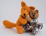 Вязаные игрушки мишка и лисенок
