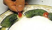 Овощной карвинг. Украшение салатов (4) (221x128, 28Kb)