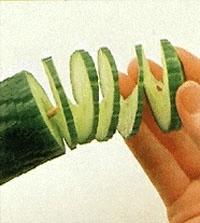 Овощной карвинг. Украшение салатов (20) (200x223, 28Kb)