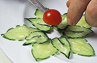 Овощной карвинг. Украшение салатов (26) (200x130, 28Kb)