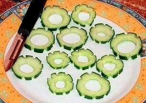 Овощной карвинг. Украшение салатов (31) (300x212, 63Kb)