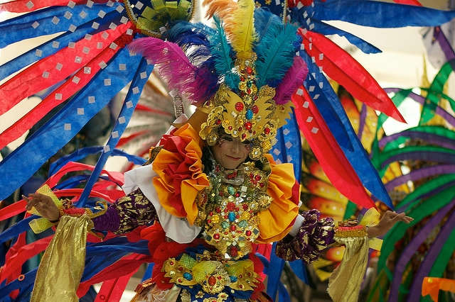 карнавал моды в джамбере Jember Fashion Carnaval 17 (640x426, 326Kb)