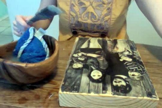 Перенос фотографии на деревянную доску (видео)