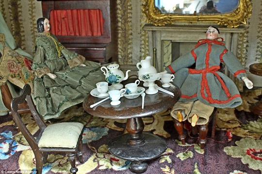 Кукольный домик за 10 тысяч фунтов. Фотографии