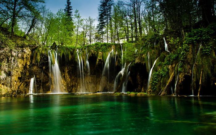 Хорватия-Плитвицкие-озера (700x437, 167Kb)