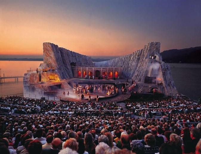 музыкальный фестиваль в брегенце австрия (674x517, 323Kb)