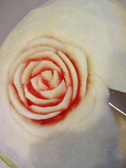 карвинг. розы из арбуза. салат из ананасов (54) (480x640, 152Kb)