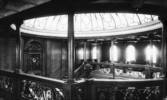 1378304985_undersea_photos_of_the_titanic_wreckage_03151_016 (700x420, 191Kb)