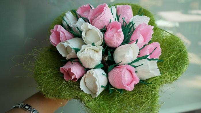 Букет тюльпанов из гофрированной бумаги. Фото мастер-класс (14) (700x393, 193Kb)