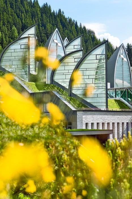 Tschuggen Grand отель в швейцарских альпах фото 1 (466x700, 279Kb)