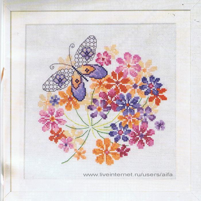 Цветы и бабочка блэкворк