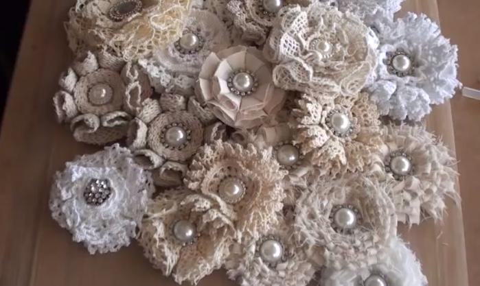 цветы из ткани шебби шик (700x417, 430Kb)