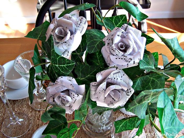 rozi iz notnix stranic (2) (700x525, 371Kb)