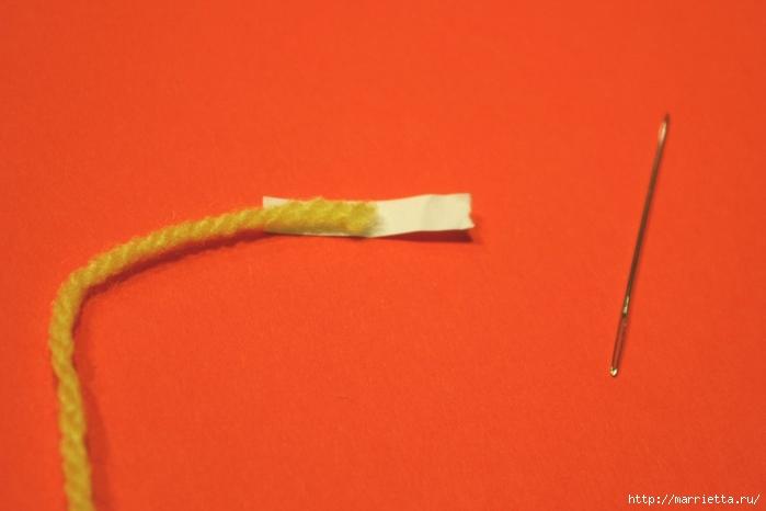Как легко продеть толстую нить, пряжу, в ушко иголки (1) (700x466, 139Kb)