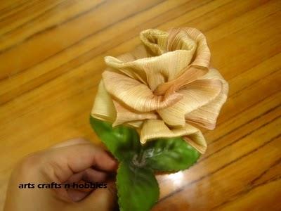 букет цветов из листьев кукурузы - талаша, мастер-класс (35) (400x300, 62Kb)