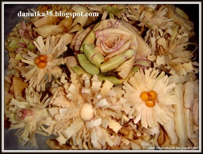 букет цветов из листьев кукурузы - талаша, мастер-класс (45) (700x532, 293Kb)