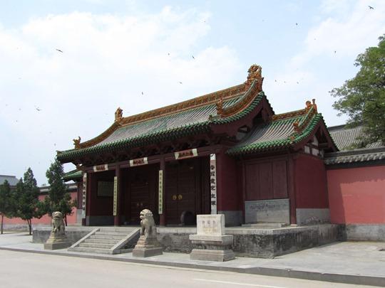 Chongfu_Temple_in_Shuozhou_2011-07