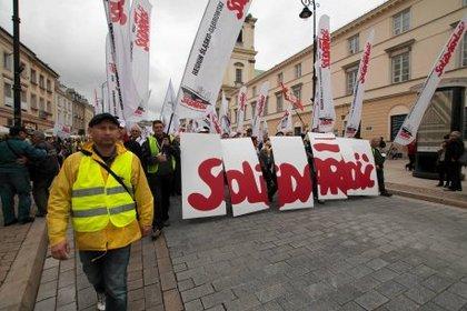 Протесты в Польше (420x280, 33Kb)