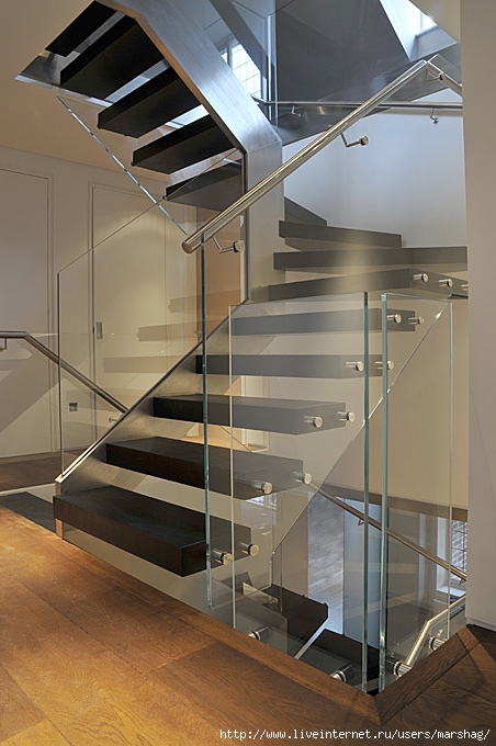 straight_staircase_with_glass_balustrade_4H (452x680, 209Kb)