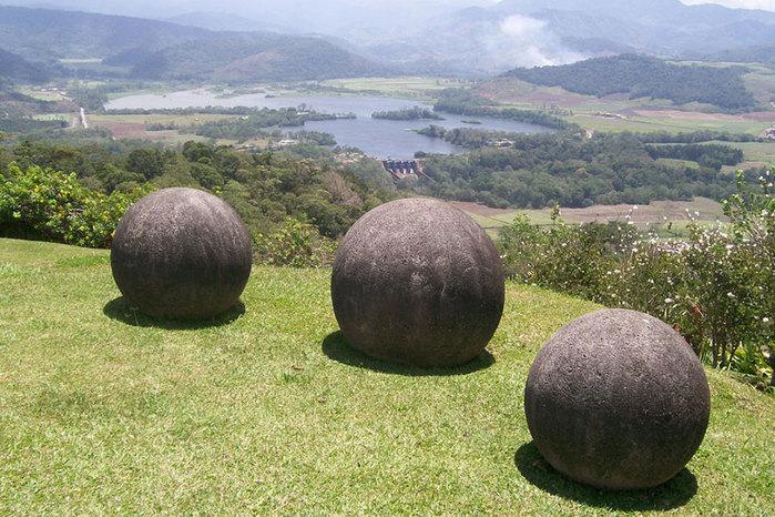 ct-alem-ciencia-esferas-costa-rica (700x466, 134Kb)