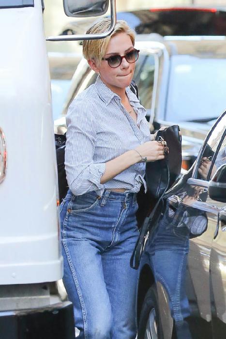 Бабки в джинсах фото 255-153