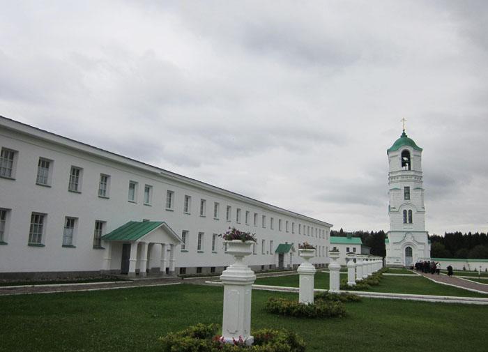 Александро-Свирский монастырь 04 (700x505, 162Kb)