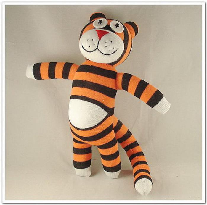 Тигр из носка