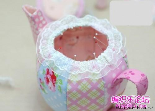 Сувенирный чайник из ткани и картона (5) (500x360, 79Kb)