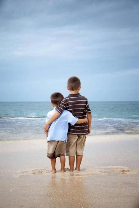 20 фотографий о том, как здорово иметь брата или сестру