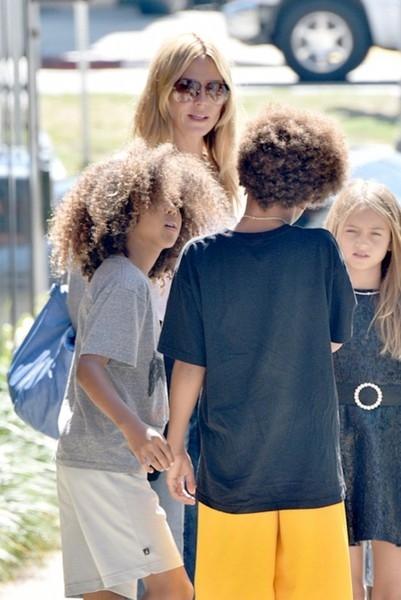 Heidi+Klum+Spotted+Out+Kids+9-hVa27_yAil (401x600, 139Kb)