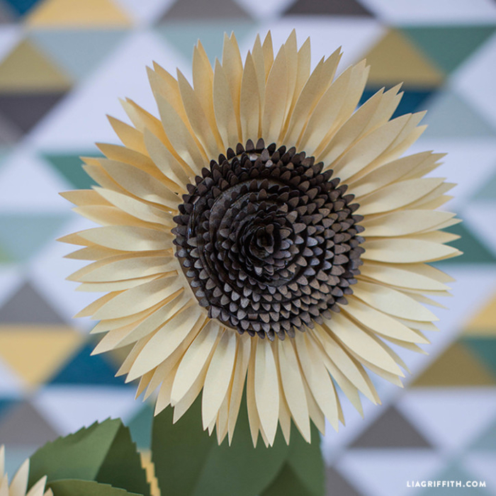 Metallic_Paper_Sunflower_Pattern-724x724 (700x700, 450Kb)