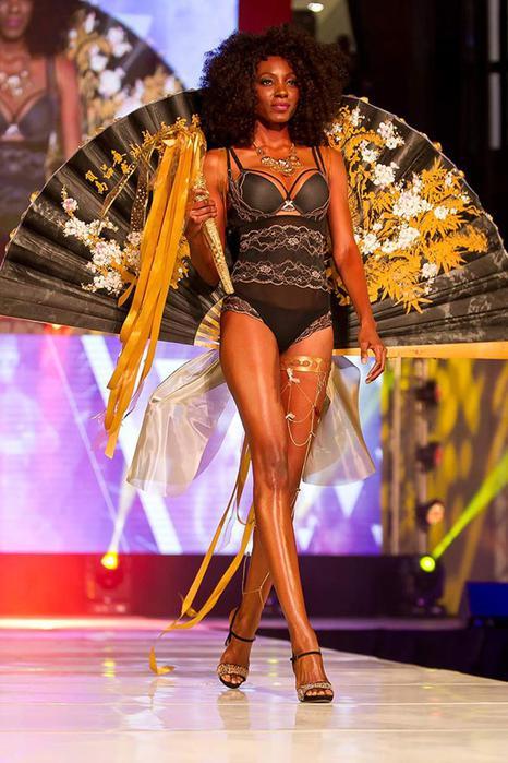 125476900 100715 1359 3 Горячая африканская мода. Показ коллекции белья в Кейптауне