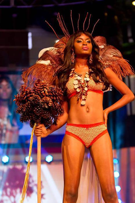125476908 100715 1359 8 Горячая африканская мода. Показ коллекции белья в Кейптауне
