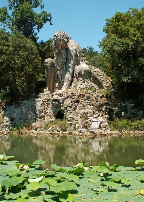 статуя бога аппенино италия 10 (500x700, 489Kb)