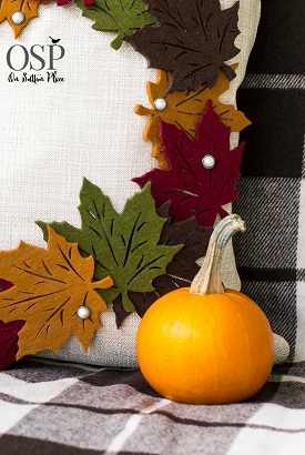 diy-pottery-barn-knock-off-leaf-wreath-pillow-coverР° (275x410, 150Kb)